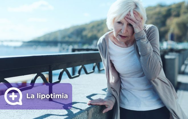 Mujer sufriendo una lipotimia, desmayo, perdida de conocimiento, mareo repentino, pérdida de equilibrio