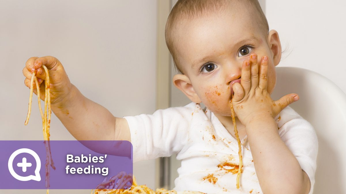 Feeding baby, solid food, when to start. mediQuo - your doctor friend, doctor chat, pediatrics
