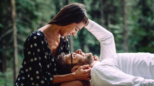 pareja afecto. Sexo tras el parto. Mitos y realidades. MediQuo, Tu amigo médico. Chat médico. Sexología.