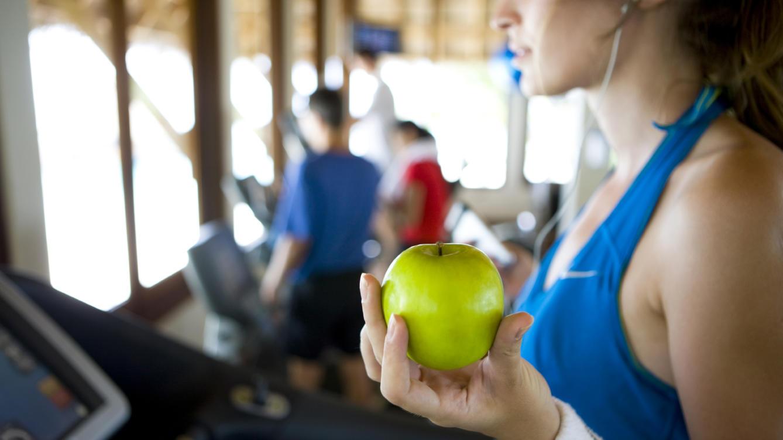 """mediquo manzana. Propósito 1 """"quiero comer bien"""". MediQuo, tu amigo médico. Chat médico. Nutricionista."""