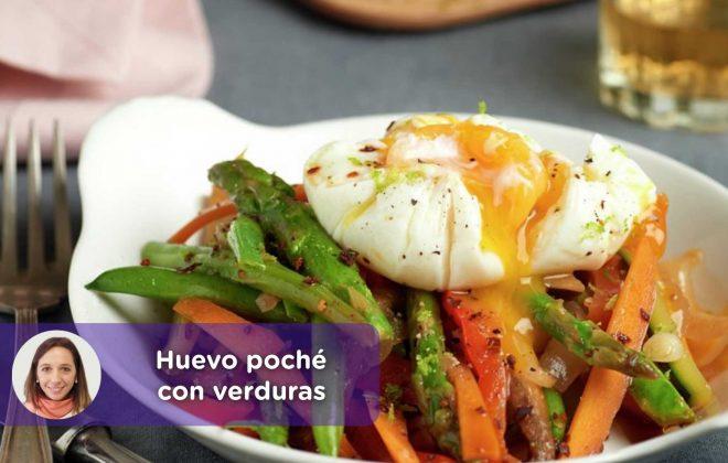 Receta huevo poché con verduras. Mediquo, Tu amigo médico. Chat médico. Nutrición. Alimentación.