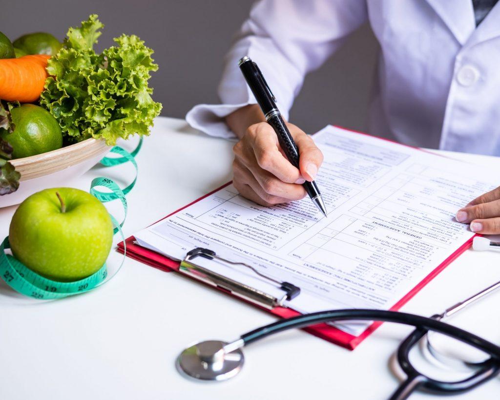 Plan premium de mediQuo para la pérdida de peso, nutrición, dietética, dieta, alimentación saludable, chat médico.