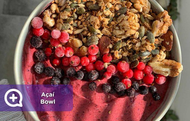 Açaí bowl, superalimento, desayuno, merienda, fresas, frutos del bosque, cacahuete, salud, nutrición, mediquo, brasil